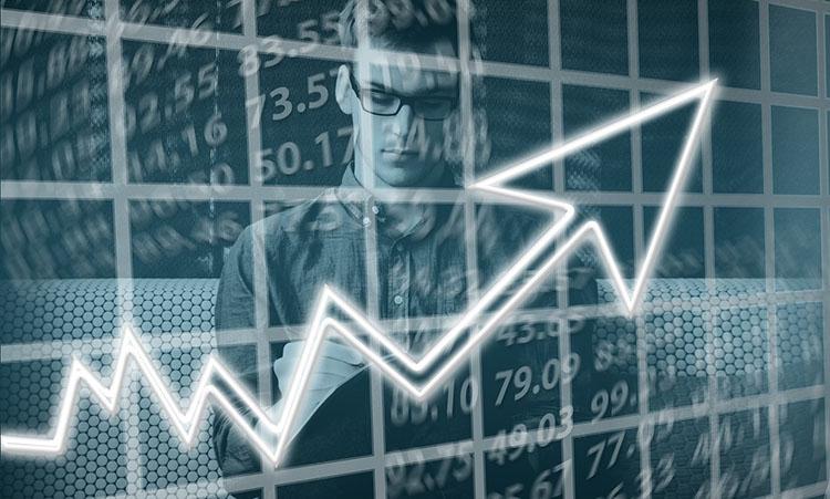 Curva de aumento de ganancias en una empresa