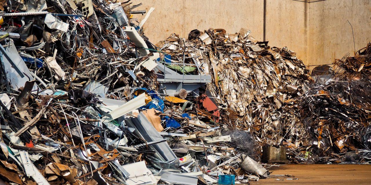 ¿Cuál es el proceso de reciclado de metales?